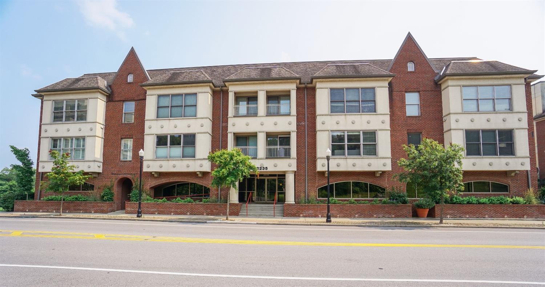 2235 Riverside Drive, Cincinnati, Ohio 45202, 2 Bedrooms Bedrooms, 7 Rooms Rooms,2 BathroomsBathrooms,Condominium,For Sale,Riverside,1712876