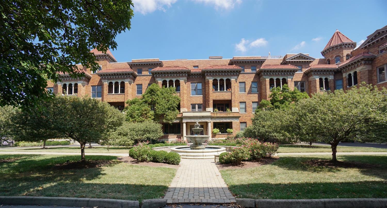 2356 Park Avenue, Cincinnati, Ohio 45206, 2 Bedrooms Bedrooms, 7 Rooms Rooms,2 BathroomsBathrooms,Condominium,For Sale,Park,1713291