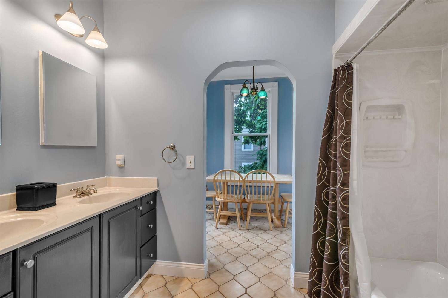 Shared bath for 2 bedrooms on 2nd floor includes a dressing room or currently used as a craft room.  Perfect for those messy projects!