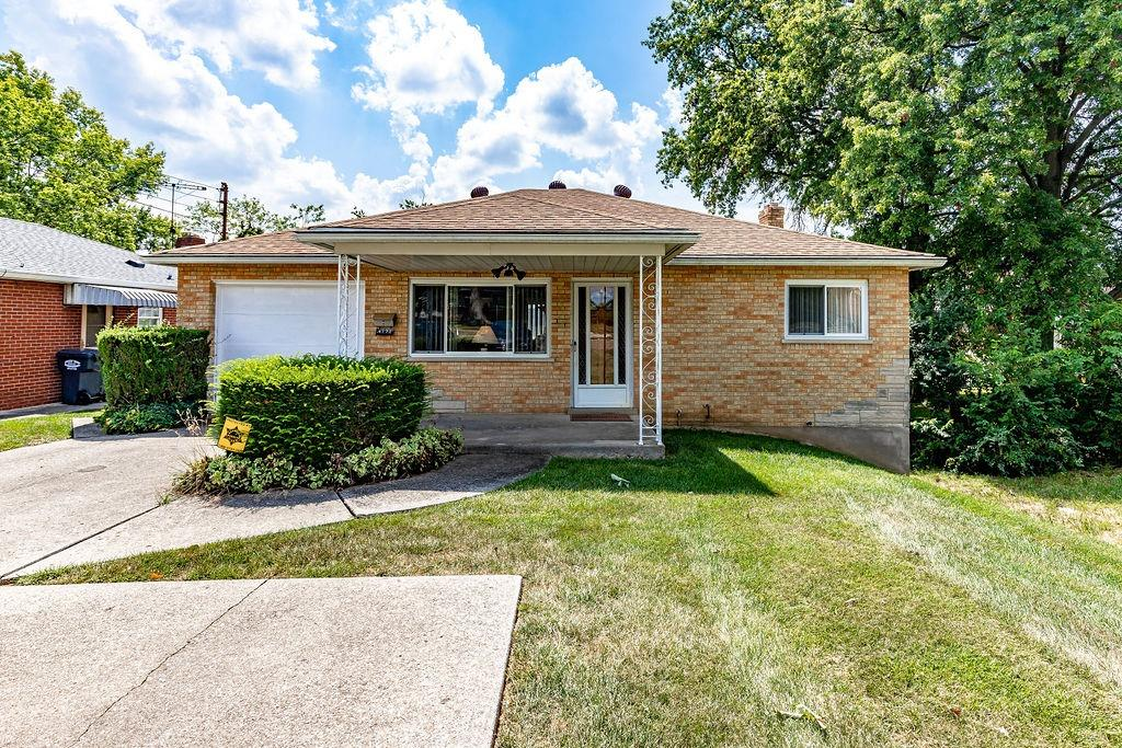 4171 Westwood Northern Boulevard, Green Twp, Ohio 45211, 2 Bedrooms Bedrooms, 7 Rooms Rooms,2 BathroomsBathrooms,Single Family Residence,For Sale,Westwood Northern,1714216