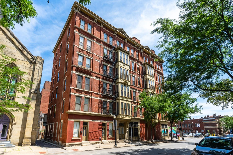 104 Ninth Street, Cincinnati, Ohio 45202, 2 Bedrooms Bedrooms, 4 Rooms Rooms,1 BathroomBathrooms,Condominium,For Sale,Ninth,1714369