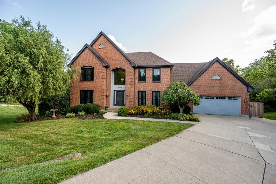 5214 Laurelridge Lane, Green Twp, Ohio 45247, 4 Bedrooms Bedrooms, 10 Rooms Rooms,3 BathroomsBathrooms,Single Family Residence,For Sale,Laurelridge,1714546
