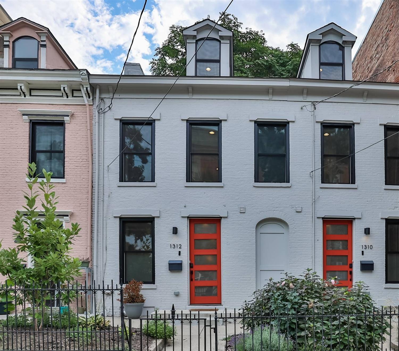 1312 Broadway Street, Cincinnati, Ohio 45202, 3 Bedrooms Bedrooms, 5 Rooms Rooms,2 BathroomsBathrooms,Condominium,For Sale,Broadway,1714708