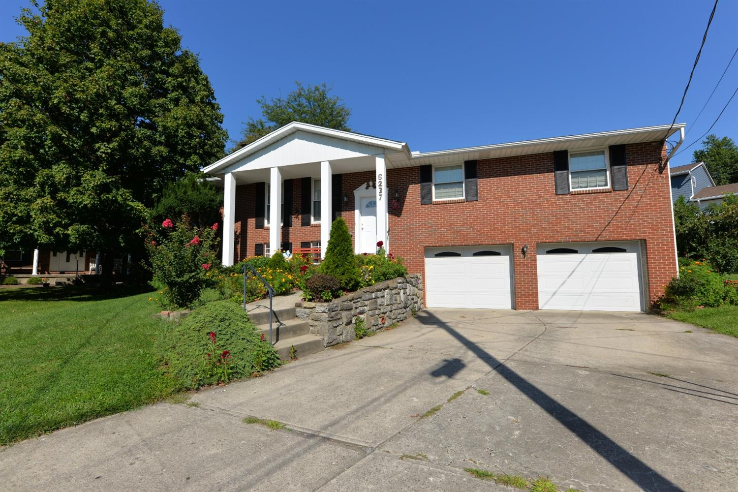 6237 Schunk Court, Green Twp, Ohio 45239, 3 Bedrooms Bedrooms, 8 Rooms Rooms,2 BathroomsBathrooms,Single Family Residence,For Sale,Schunk,1714971