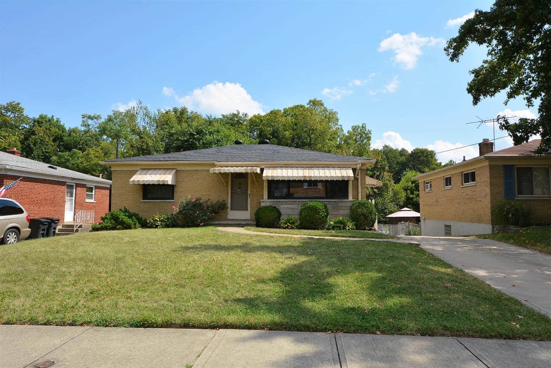 534 Claymore Terrace, Delhi Twp, Ohio 45238, 2 Bedrooms Bedrooms, 6 Rooms Rooms,2 BathroomsBathrooms,Single Family Residence,For Sale,Claymore,1715669