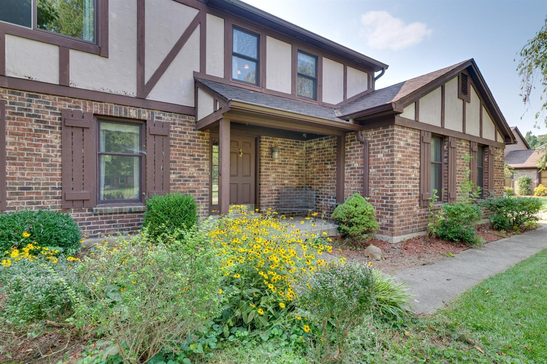 9452 Farmcourt Lane, Symmes Twp, Ohio 45140, 4 Bedrooms Bedrooms, 10 Rooms Rooms,2 BathroomsBathrooms,Single Family Residence,For Sale,Farmcourt,1714204