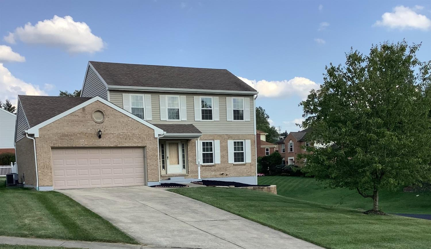 5440 Cecilia Court, Green Twp, Ohio 45247, 3 Bedrooms Bedrooms, 8 Rooms Rooms,3 BathroomsBathrooms,Single Family Residence,For Sale,Cecilia,1715733