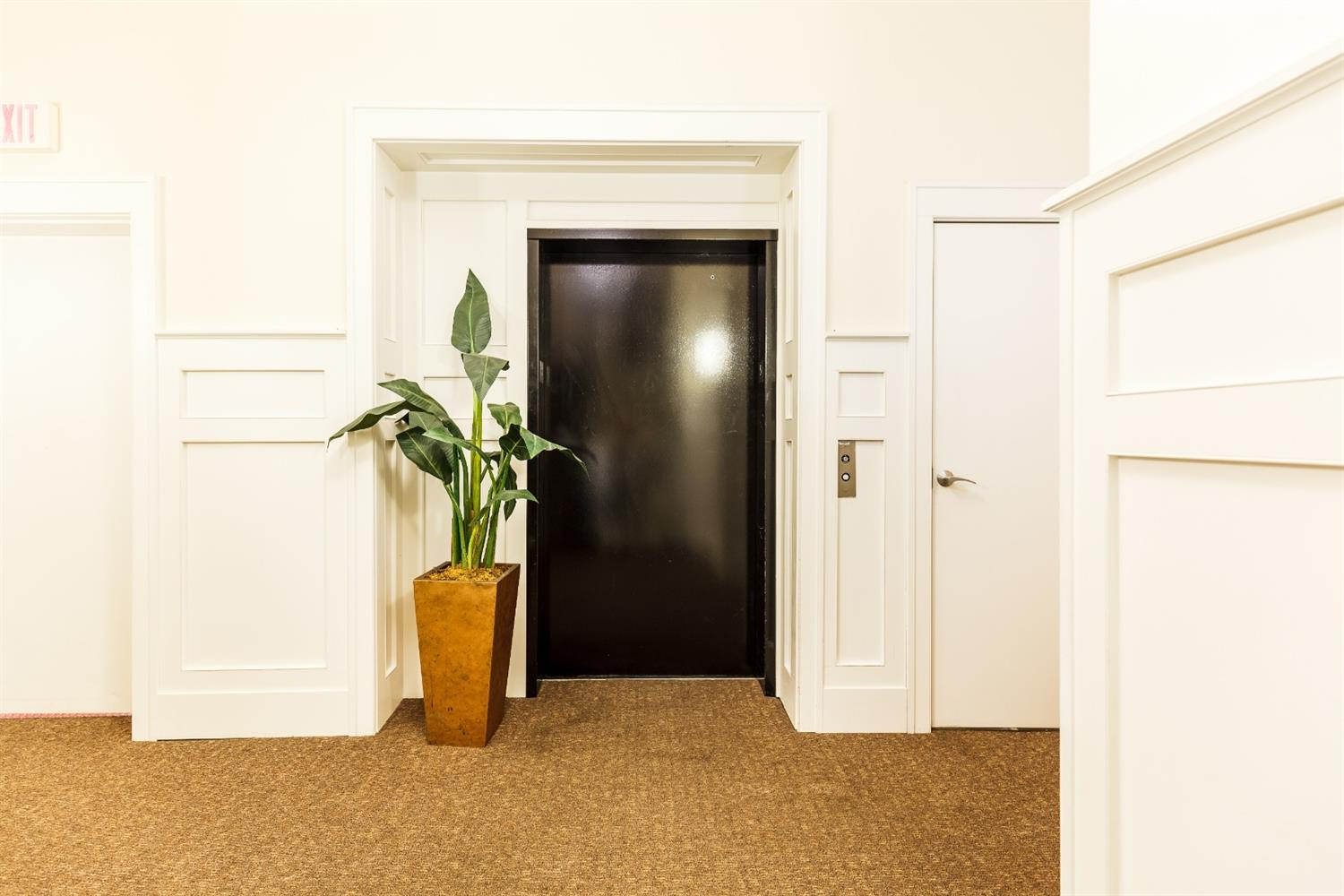 Elevator entry from floor.