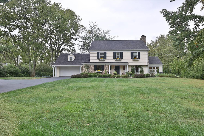 6740 Camaridge Lane, Indian Hill, Ohio 45243, 5 Bedrooms Bedrooms, 12 Rooms Rooms,3 BathroomsBathrooms,Single Family Residence,For Sale,Camaridge,1715917