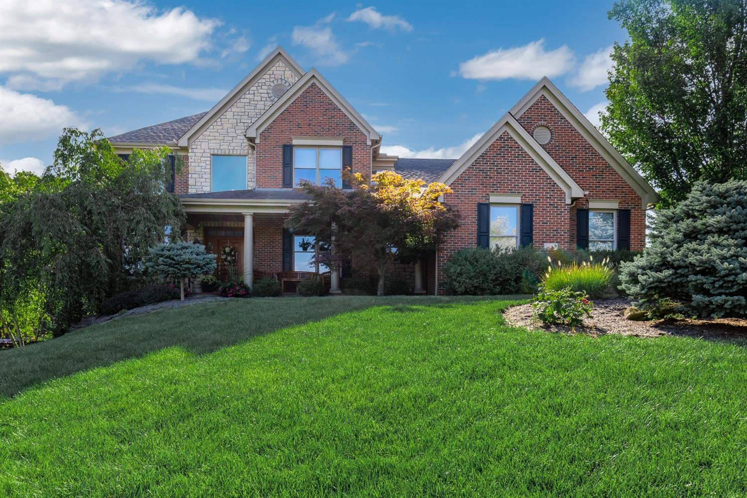 4778 Wellington Chase Court, Green Twp, Ohio 45248, 4 Bedrooms Bedrooms, 12 Rooms Rooms,3 BathroomsBathrooms,Single Family Residence,For Sale,Wellington Chase,1715907