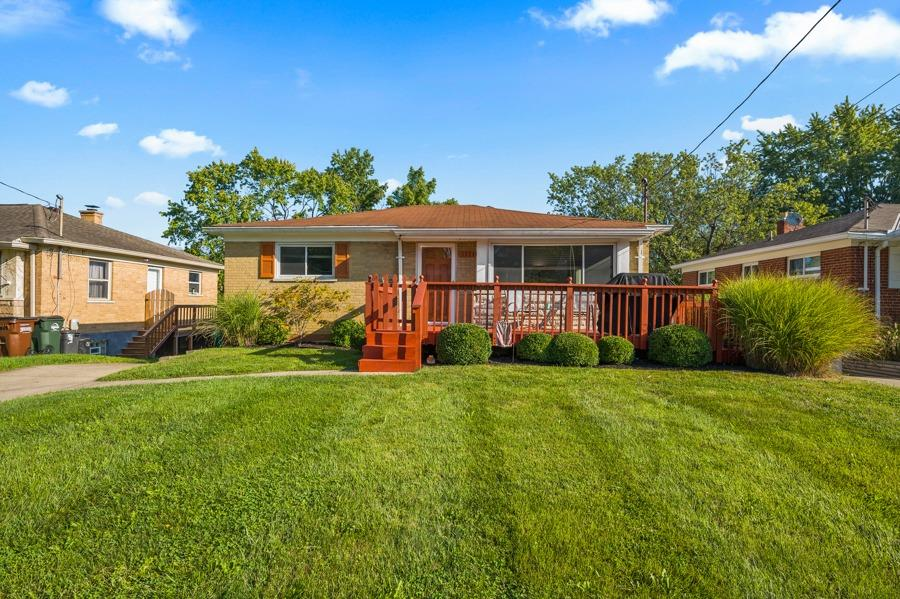 3334 Stevie Lane, Green Twp, Ohio 45239, 2 Bedrooms Bedrooms, 6 Rooms Rooms,2 BathroomsBathrooms,Single Family Residence,For Sale,Stevie,1716328