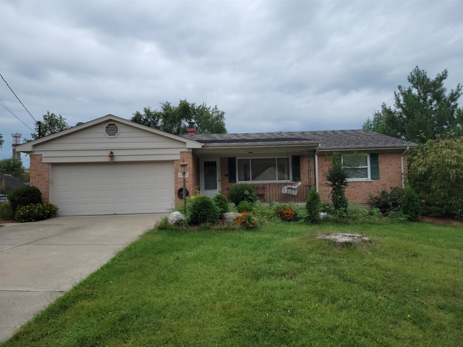 5881 Seiler Drive, Green Twp, Ohio 45239, 2 Bedrooms Bedrooms, 5 Rooms Rooms,2 BathroomsBathrooms,Single Family Residence,For Sale,Seiler,1716438