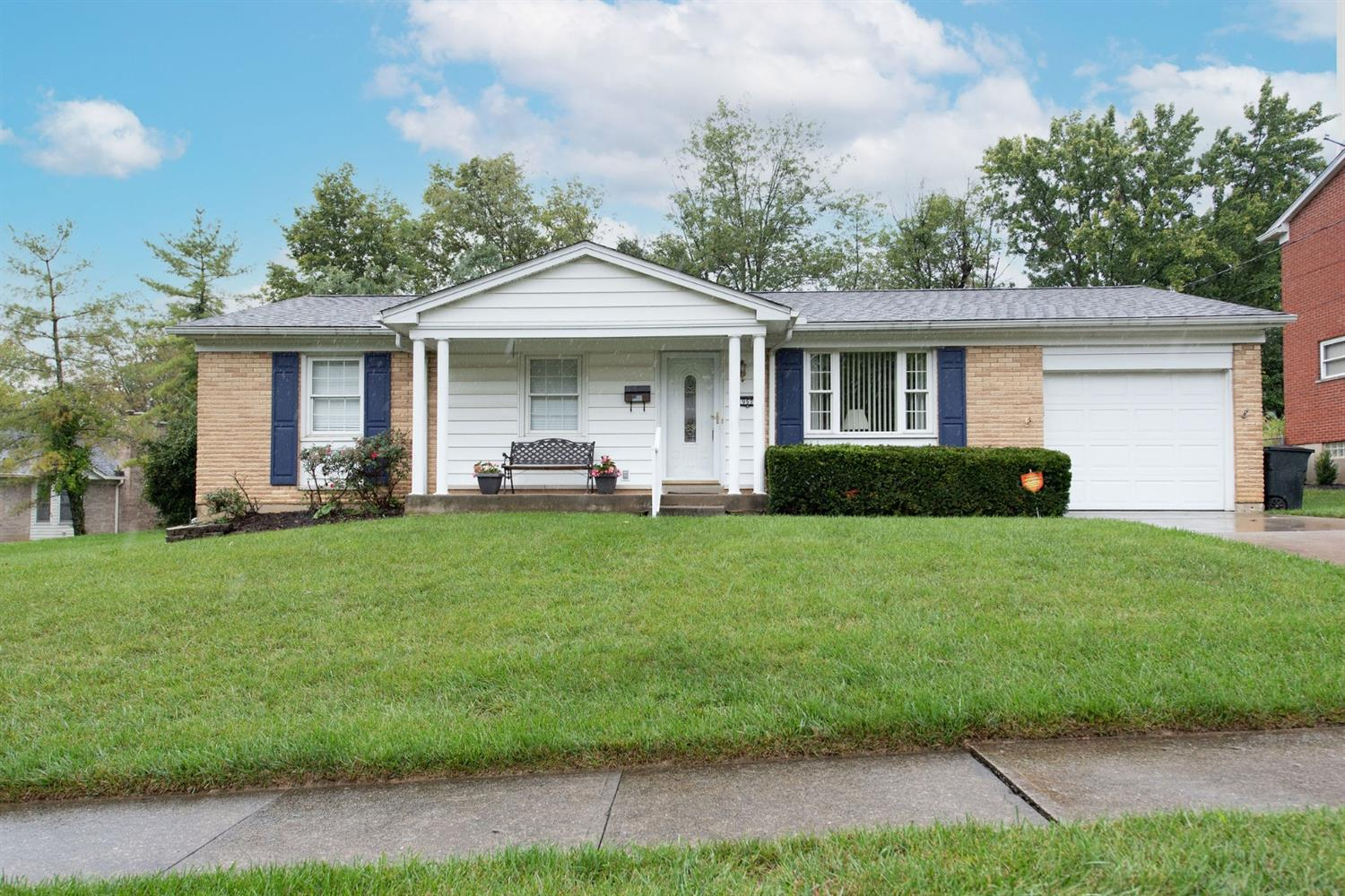957 Hilliard Drive, Delhi Twp, Ohio 45238, 3 Bedrooms Bedrooms, 6 Rooms Rooms,1 BathroomBathrooms,Single Family Residence,For Sale,Hilliard,1716411