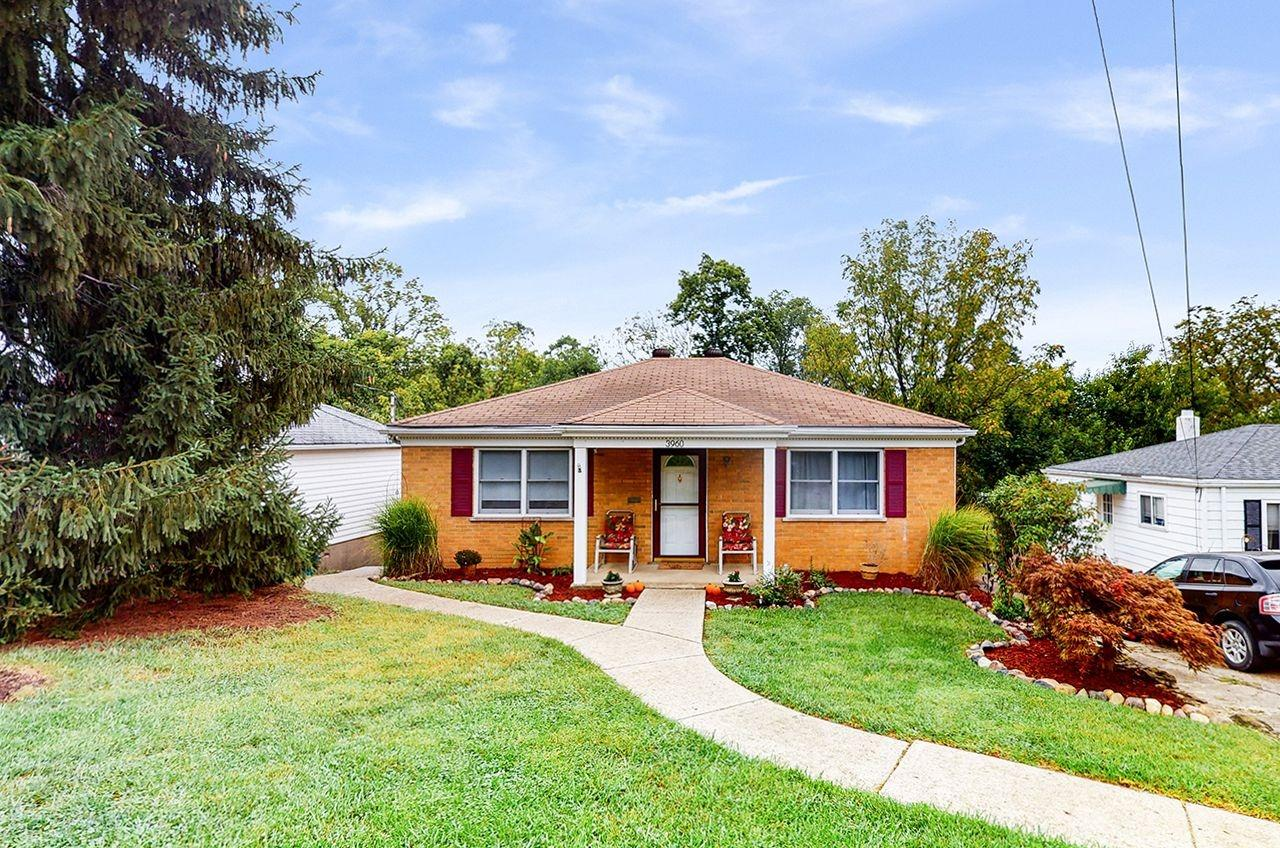 3960 Biehl Avenue, Green Twp, Ohio 45248, 2 Bedrooms Bedrooms, 6 Rooms Rooms,2 BathroomsBathrooms,Single Family Residence,For Sale,Biehl,1716481