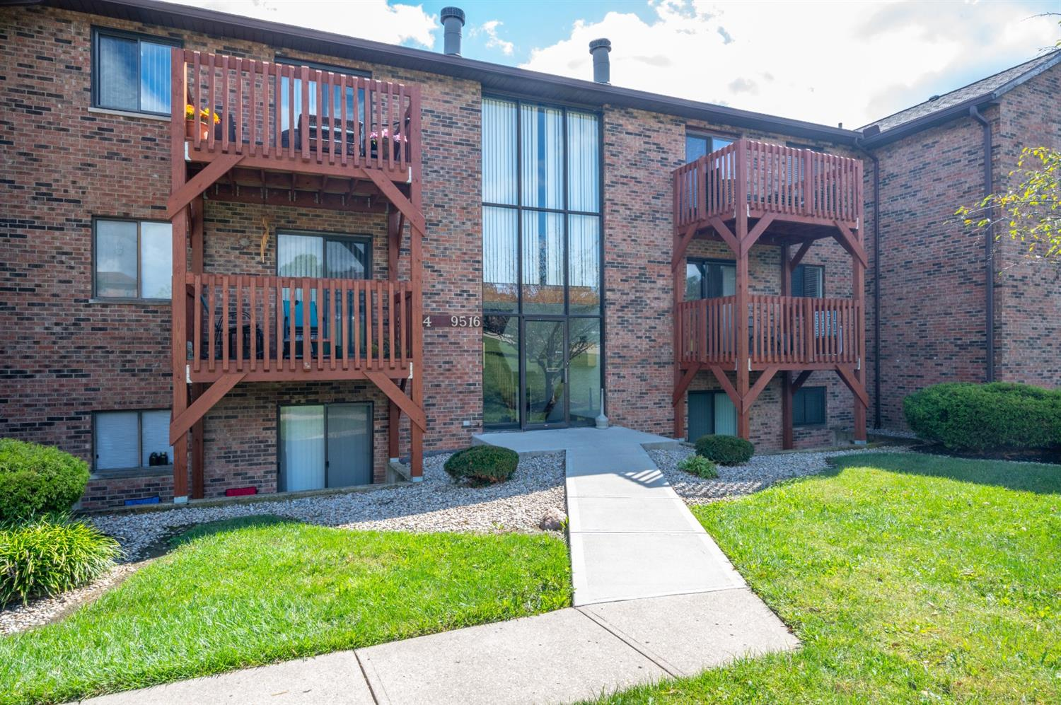 9494 Woodland Hills Drive, West Chester, Ohio 45011, 2 Bedrooms Bedrooms, 5 Rooms Rooms,1 BathroomBathrooms,Condominium,For Sale,Woodland Hills,1716883