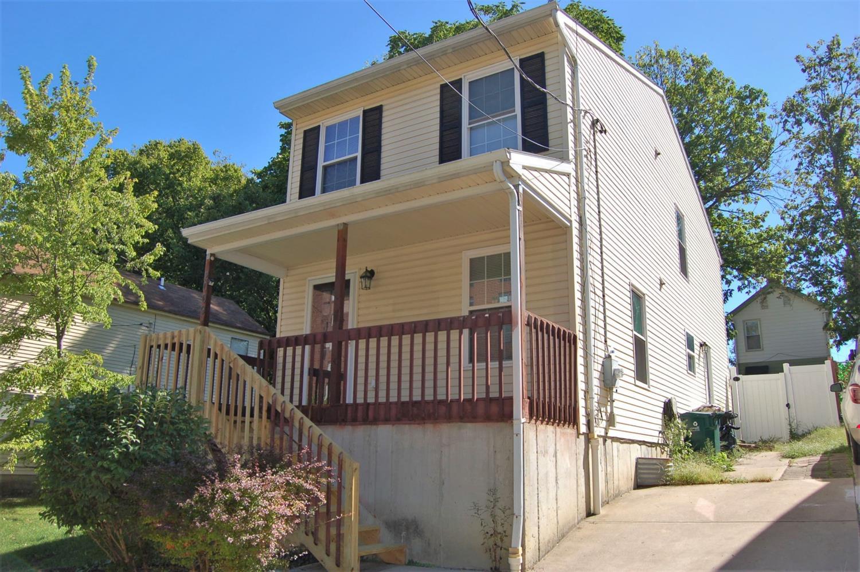 2009 Freeland Avenue, Cincinnati, Ohio 45208, 3 Bedrooms Bedrooms, 7 Rooms Rooms,1 BathroomBathrooms,Single Family Residence,For Sale,Freeland,1717078