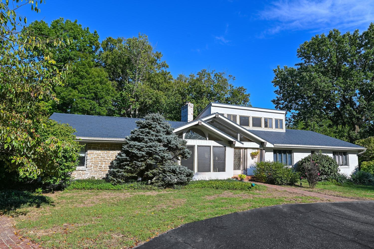 615 Hickory Hill Lane, Wyoming, Ohio 45215, 5 Bedrooms Bedrooms, 9 Rooms Rooms,3 BathroomsBathrooms,Single Family Residence,For Sale,Hickory Hill,1717065