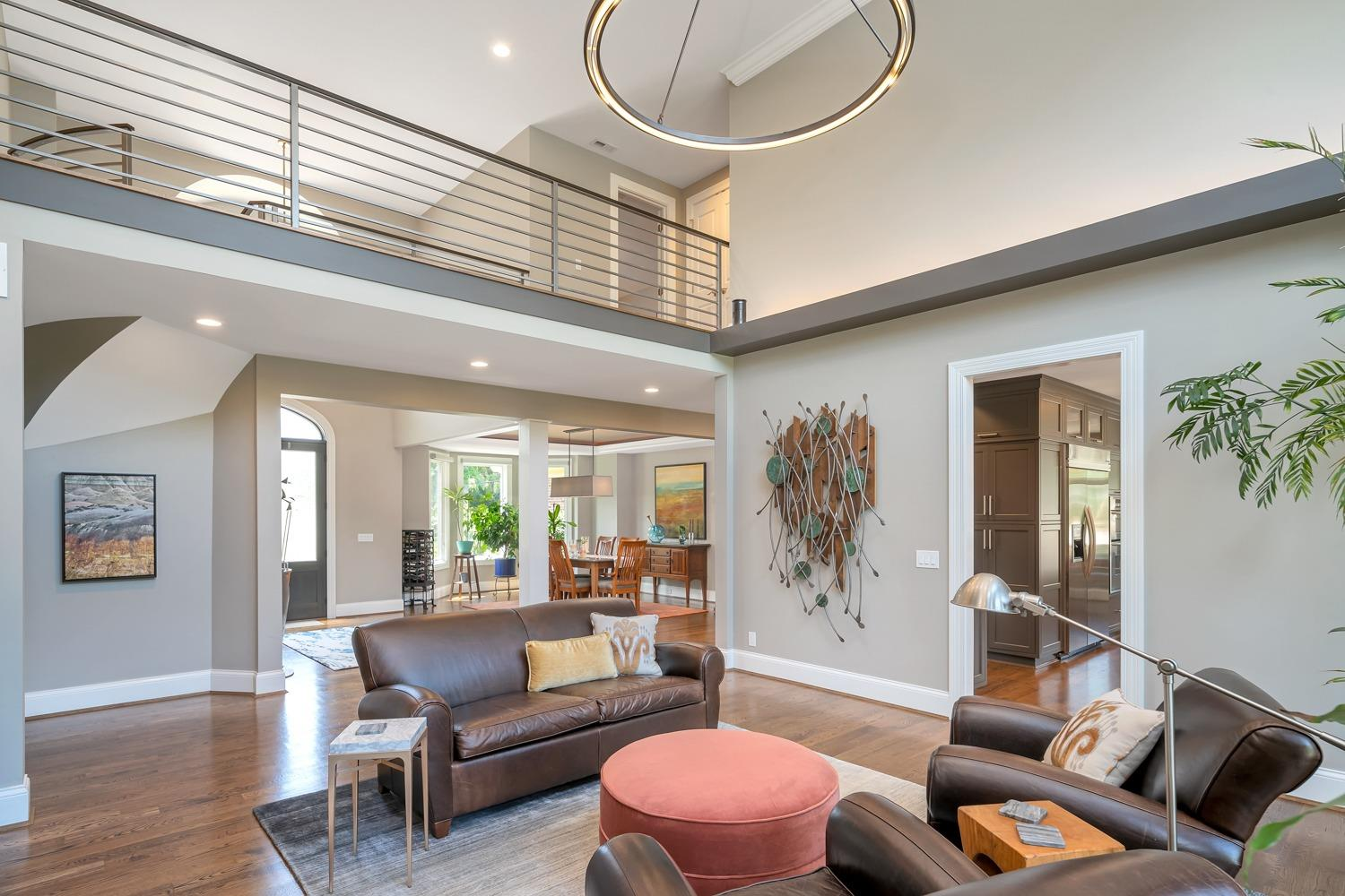 Great room photo depicts clean lines.