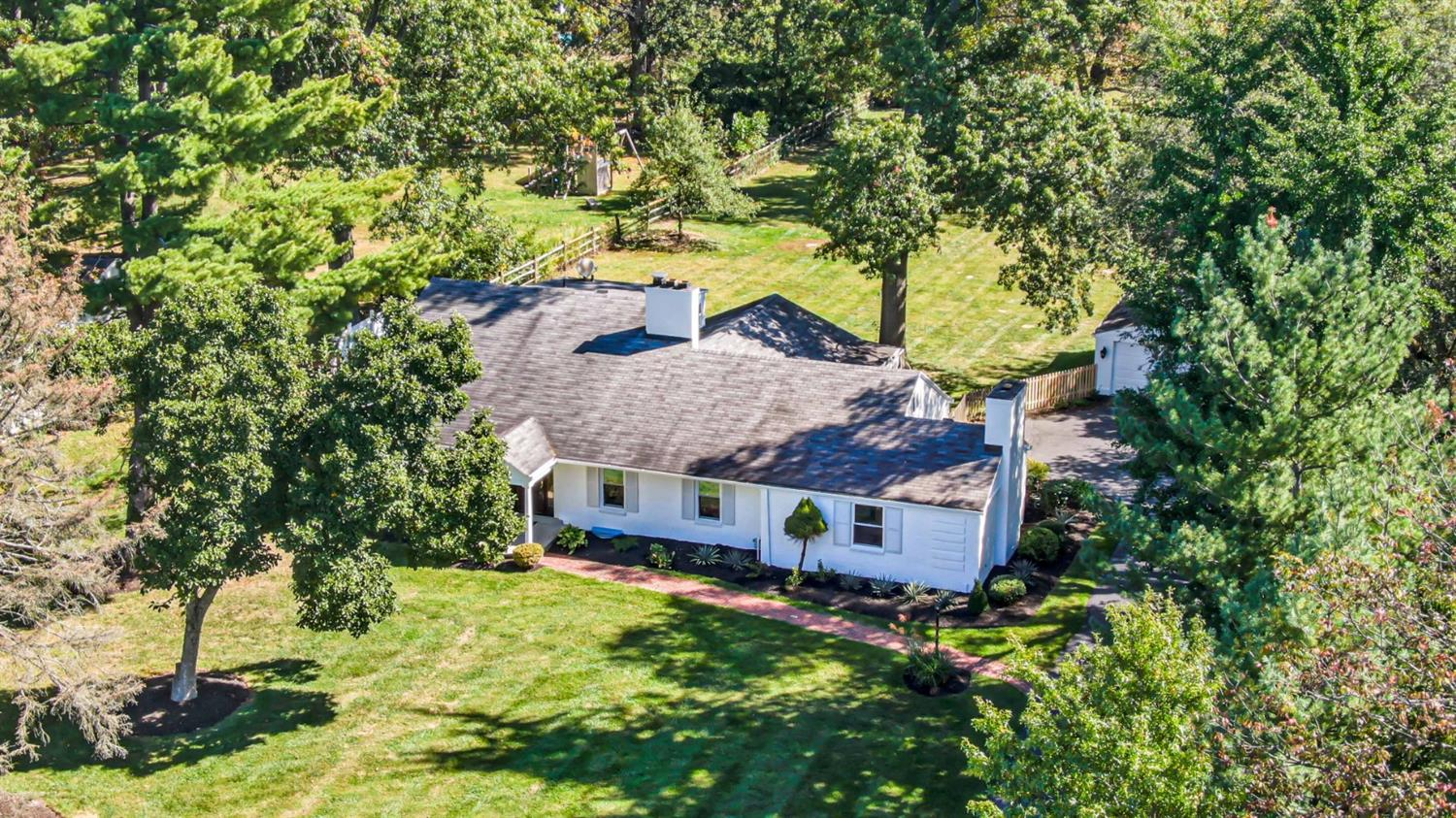 6100 Miami Road, Indian Hill, Ohio 45243, 5 Bedrooms Bedrooms, 13 Rooms Rooms,3 BathroomsBathrooms,Single Family Residence,For Sale,Miami,1717243