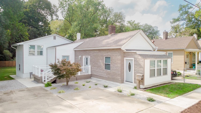5621 Prentice Street, Cincinnati, Ohio 45227, 3 Bedrooms Bedrooms, 8 Rooms Rooms,2 BathroomsBathrooms,Single Family Residence,For Sale,Prentice,1718157