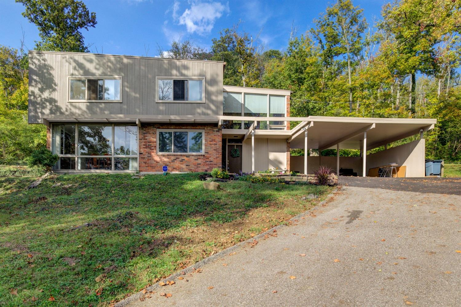 5558 Hill and Dale Drive, Columbia Twp, Ohio 45213, 3 Bedrooms Bedrooms, 7 Rooms Rooms,2 BathroomsBathrooms,Single Family Residence,For Sale,Hill and Dale,1717884