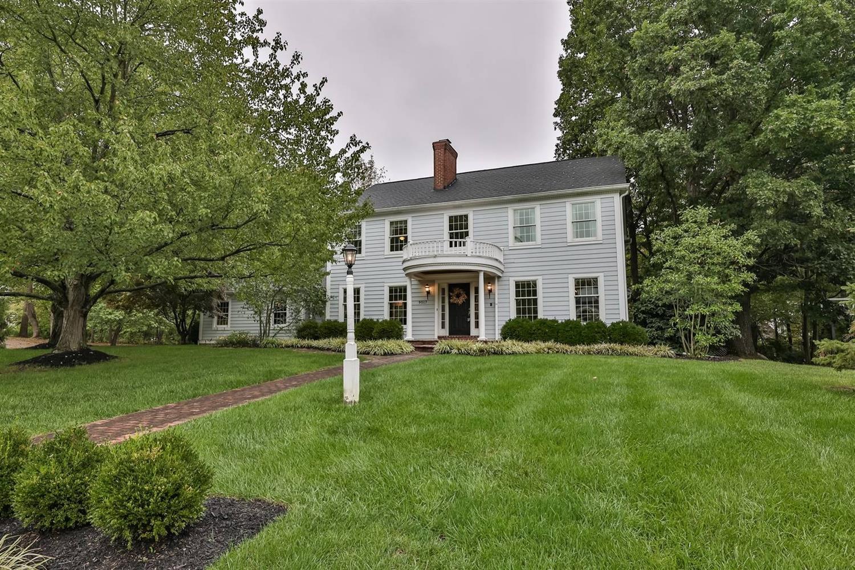 9017 Symmes Ridge Lane, Symmes Twp, Ohio 45140, 4 Bedrooms Bedrooms, 12 Rooms Rooms,3 BathroomsBathrooms,Single Family Residence,For Sale,Symmes Ridge,1718393