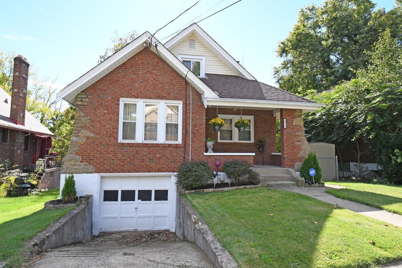 4059 Vinedale Avenue, Cincinnati, Ohio 45205, 2 Bedrooms Bedrooms, 6 Rooms Rooms,1 BathroomBathrooms,Single Family Residence,For Sale,Vinedale,1718510