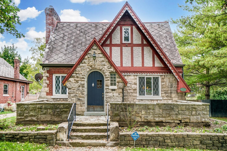 1323 Covedale Avenue, Cincinnati, Ohio 45238, 3 Bedrooms Bedrooms, 8 Rooms Rooms,2 BathroomsBathrooms,Single Family Residence,For Sale,Covedale,1718538