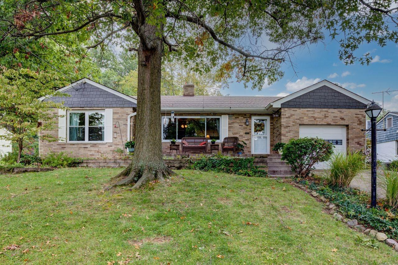238 Marycrest Drive, Reading, Ohio 45237, 3 Bedrooms Bedrooms, 7 Rooms Rooms,2 BathroomsBathrooms,Single Family Residence,For Sale,Marycrest,1718495
