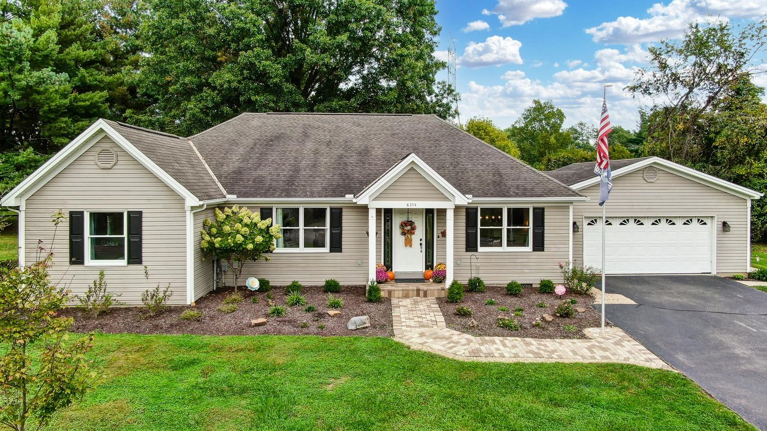 6374 Branch Hill Miamiville Rd, Loveland, Ohio 45140, 3 Bedrooms Bedrooms, 7 Rooms Rooms,2 BathroomsBathrooms,Single Family Residence,For Sale,Branch Hill Miamiville Rd,1718615