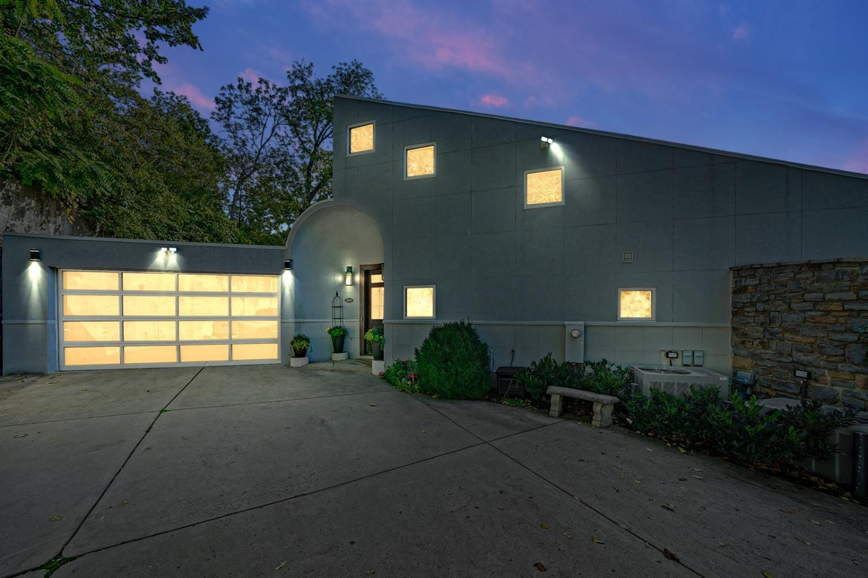 1850 Columbia Pkwy, Cincinnati, Ohio 45202, 4 Bedrooms Bedrooms, 8 Rooms Rooms,3 BathroomsBathrooms,Single Family Residence,For Sale,Columbia Pkwy,1717797