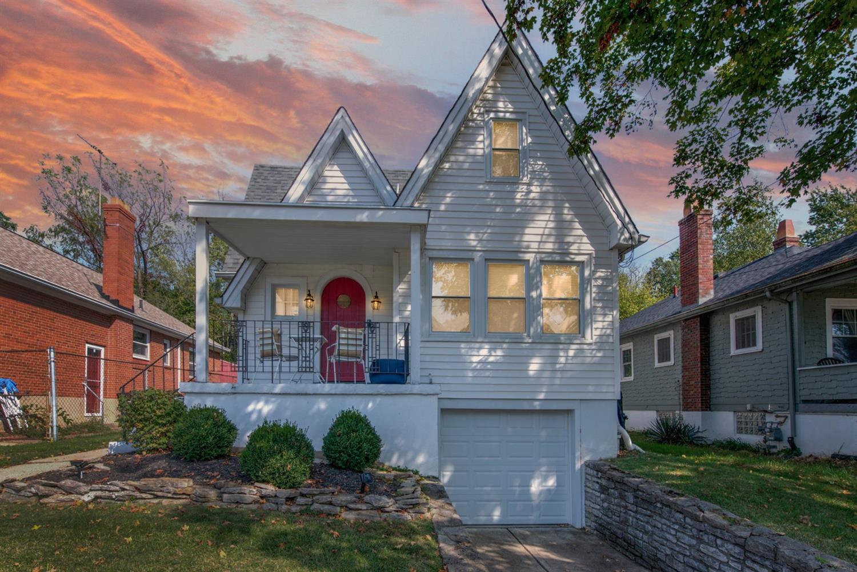 2738 Lawndale Avenue, Cincinnati, Ohio 45212, 3 Bedrooms Bedrooms, 7 Rooms Rooms,2 BathroomsBathrooms,Single Family Residence,For Sale,Lawndale,1718652