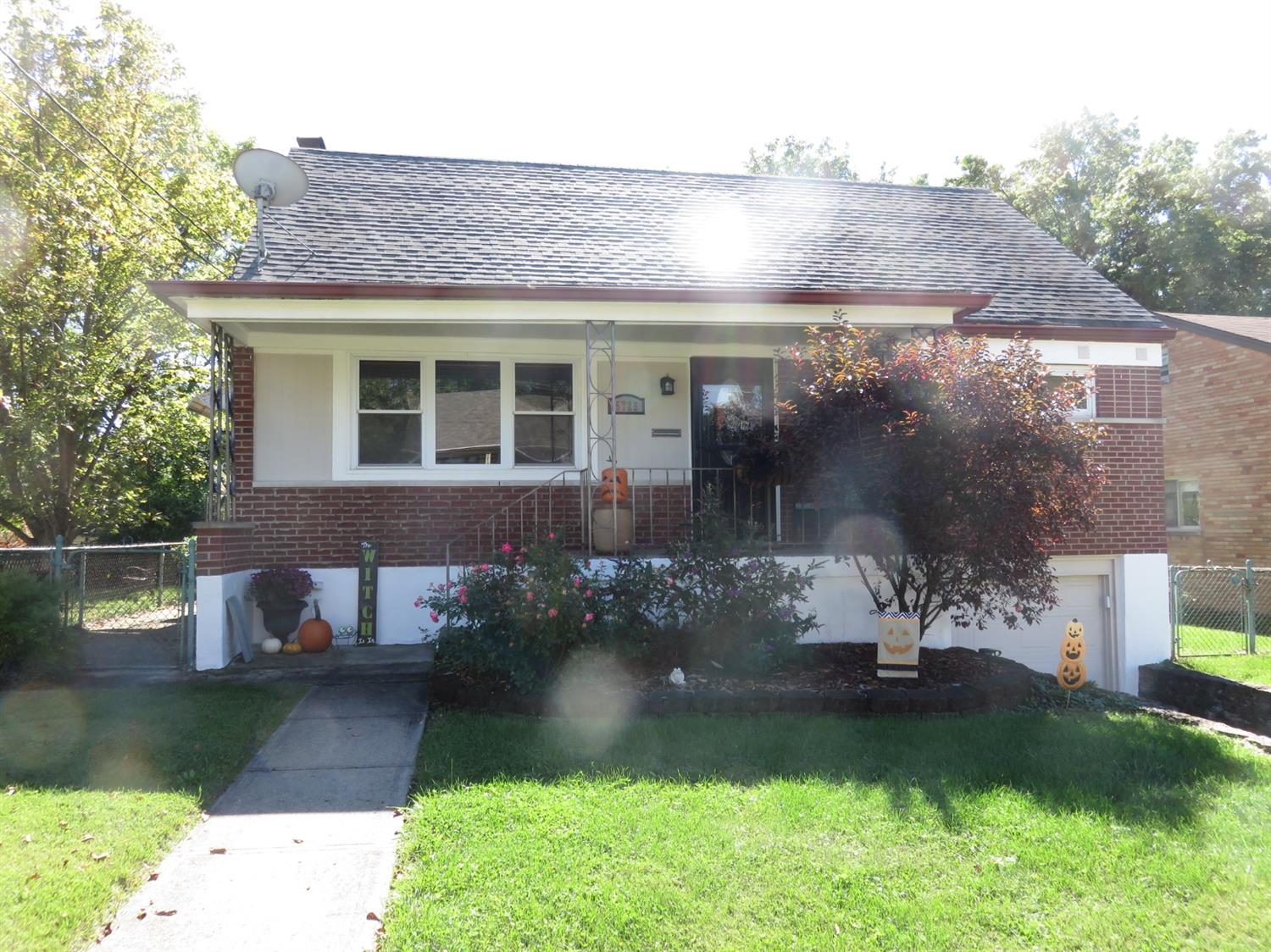 5725 Green Acres Court, Green Twp, Ohio 45248, 2 Bedrooms Bedrooms, 5 Rooms Rooms,1 BathroomBathrooms,Single Family Residence,For Sale,Green Acres,1718653