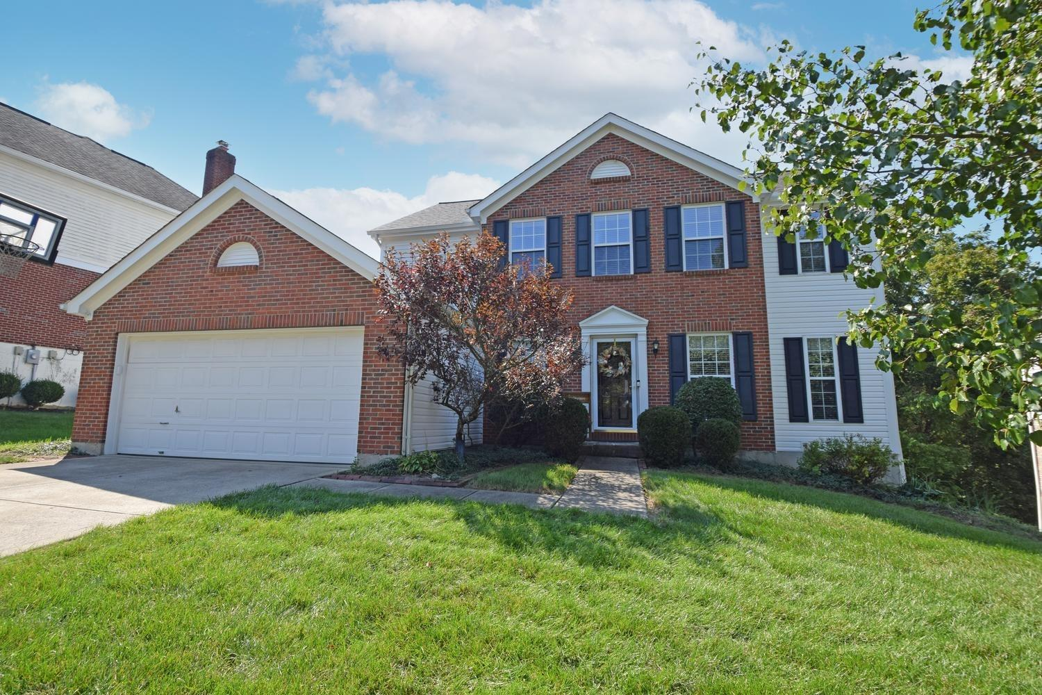 12143 Crestfield Court, Symmes Twp, Ohio 45249, 4 Bedrooms Bedrooms, 9 Rooms Rooms,2 BathroomsBathrooms,Single Family Residence,For Sale,Crestfield,1718936