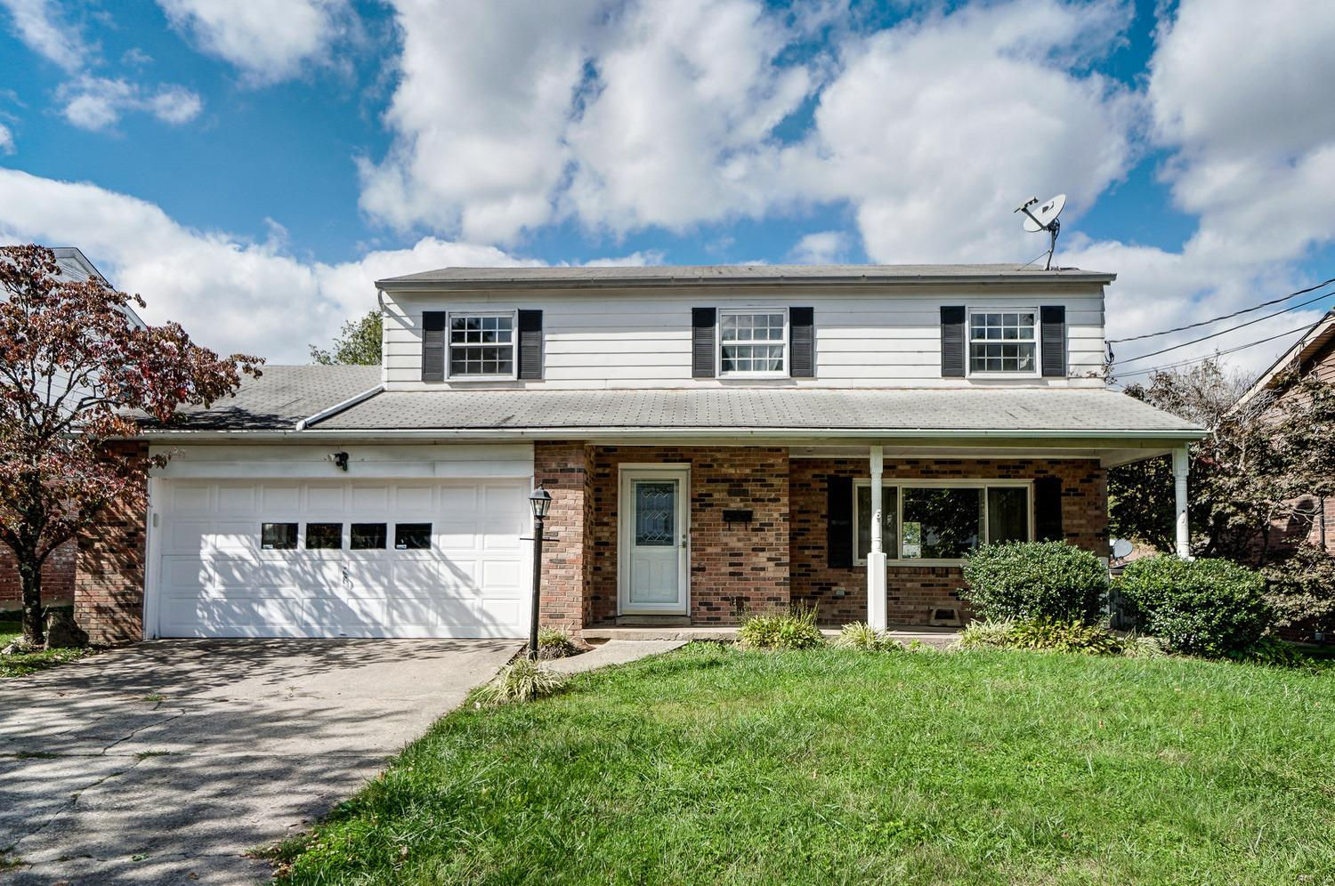 1163 Oldwick Drive, Reading, Ohio 45215, 4 Bedrooms Bedrooms, 10 Rooms Rooms,2 BathroomsBathrooms,Single Family Residence,For Sale,Oldwick,1718916