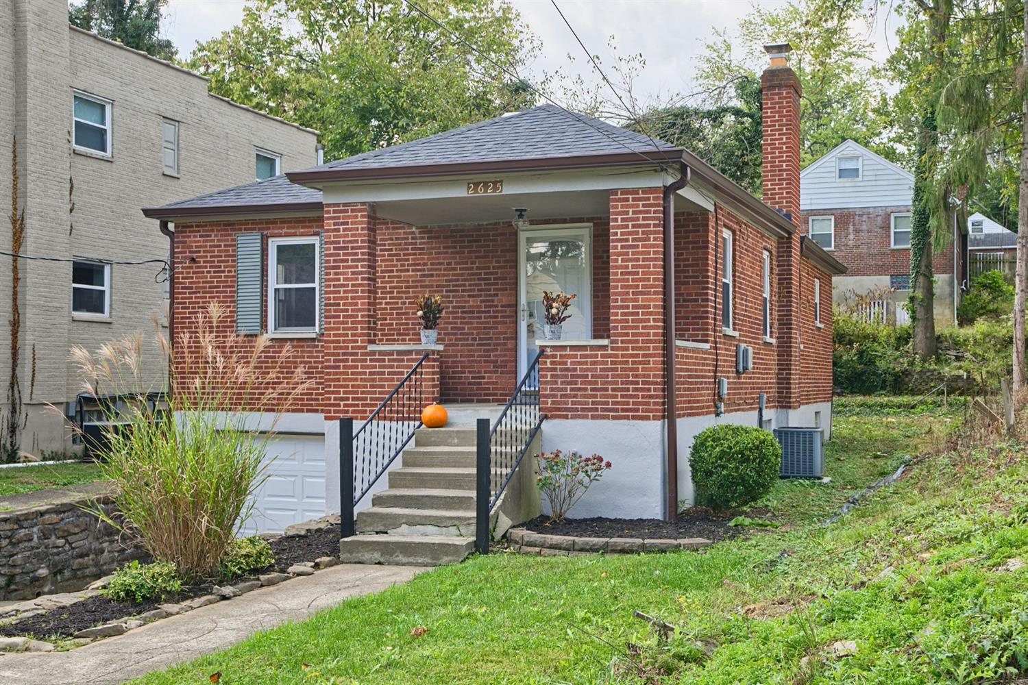 2625 Bremont Avenue, Golf Manor, Ohio 45237, 2 Bedrooms Bedrooms, 5 Rooms Rooms,1 BathroomBathrooms,Single Family Residence,For Sale,Bremont,1718884