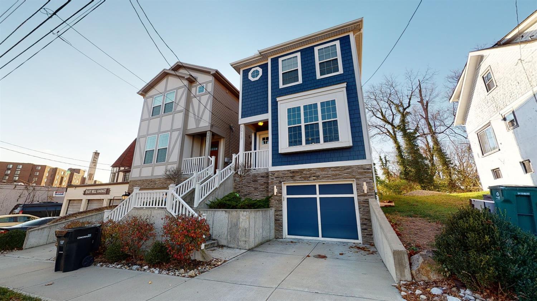 3013 Lavinia Avenue, Cincinnati, Ohio 45208, 3 Bedrooms Bedrooms, 6 Rooms Rooms,2 BathroomsBathrooms,Single Family Residence,For Sale,Lavinia,1717460