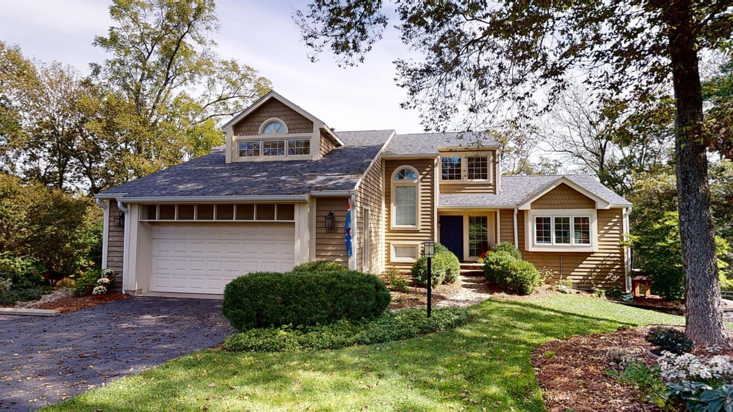 11210 Terwilligers Run Drive, Montgomery, Ohio 45249, 4 Bedrooms Bedrooms, 10 Rooms Rooms,3 BathroomsBathrooms,Single Family Residence,For Sale,Terwilligers Run,1719153