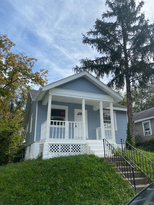 3144 Sunshine Avenue, Cincinnati, Ohio 45211, 3 Bedrooms Bedrooms, 7 Rooms Rooms,1 BathroomBathrooms,Single Family Residence,For Sale,Sunshine,1719179
