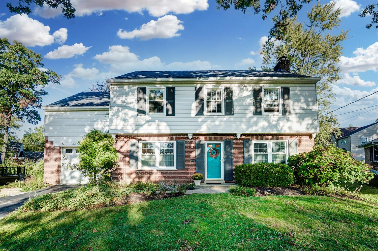 6971 Rosemary Lane, Sycamore Twp, Ohio 45236, 3 Bedrooms Bedrooms, 9 Rooms Rooms,2 BathroomsBathrooms,Single Family Residence,For Sale,Rosemary,1719087