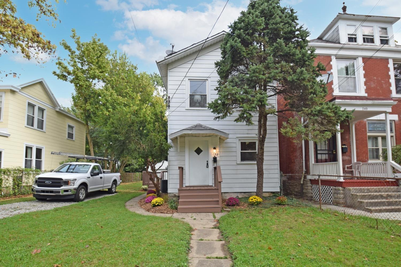 742 McMakin Avenue, Cincinnati, Ohio 45232, 2 Bedrooms Bedrooms, 6 Rooms Rooms,1 BathroomBathrooms,Single Family Residence,For Sale,McMakin,1719078