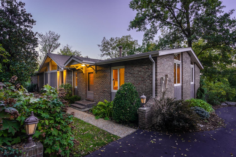 1 Cliff Terrace, Cincinnati, Ohio 45220, 5 Bedrooms Bedrooms, 12 Rooms Rooms,4 BathroomsBathrooms,Single Family Residence,For Sale,Cliff,1719125