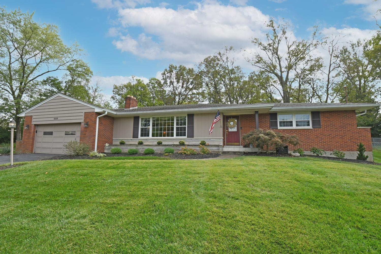 6619 Apache Circle, Madeira, Ohio 45243, 3 Bedrooms Bedrooms, 8 Rooms Rooms,2 BathroomsBathrooms,Single Family Residence,For Sale,Apache,1719244