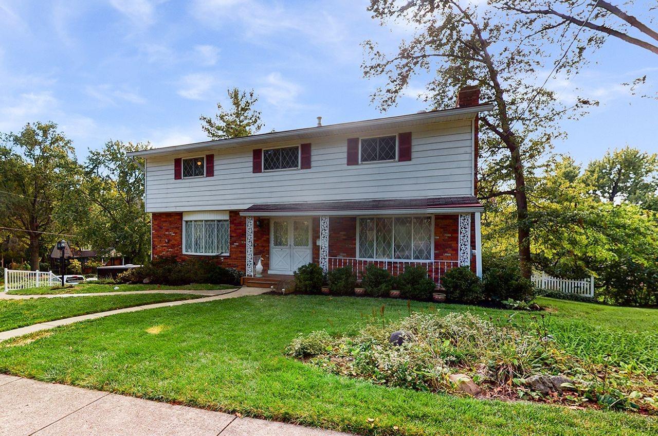 9189 Fontainebleau Terrace, Cincinnati, Ohio 45231, 4 Bedrooms Bedrooms, 10 Rooms Rooms,2 BathroomsBathrooms,Single Family Residence,For Sale,Fontainebleau,1719143