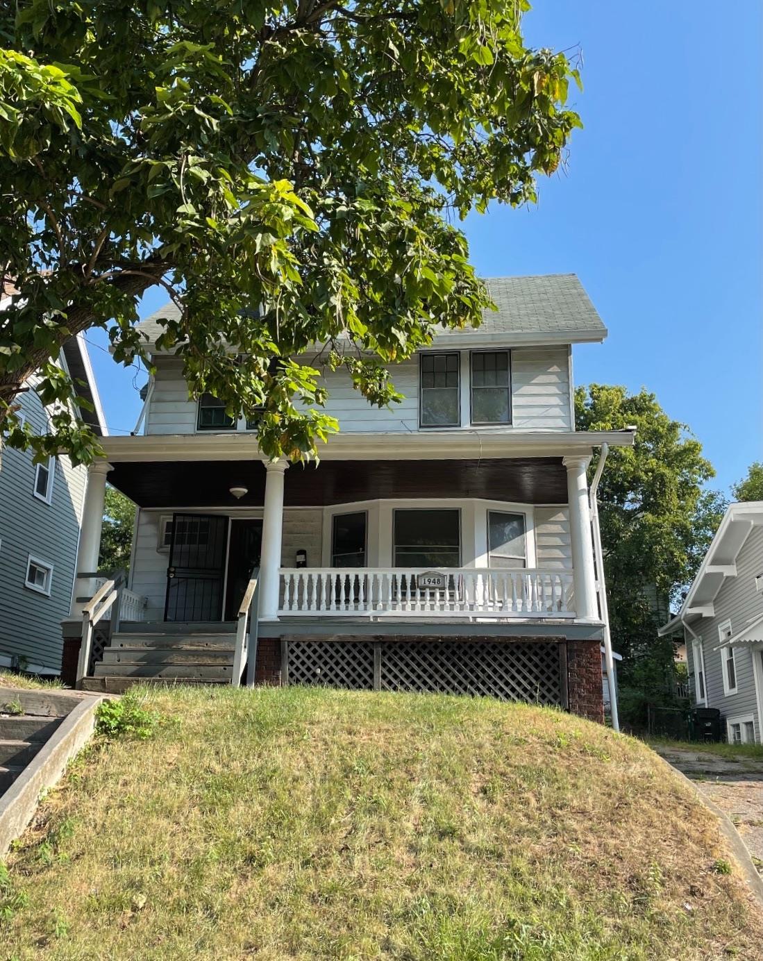 1948 Hewitt Avenue, Cincinnati, Ohio 45207, 4 Bedrooms Bedrooms, 7 Rooms Rooms,1 BathroomBathrooms,Single Family Residence,For Sale,Hewitt,1719253