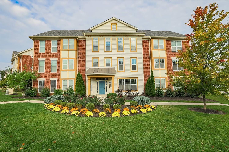 3390 Wasson Road, Cincinnati, Ohio 45209, 2 Bedrooms Bedrooms, 5 Rooms Rooms,2 BathroomsBathrooms,Condominium,For Sale,Wasson,1719592
