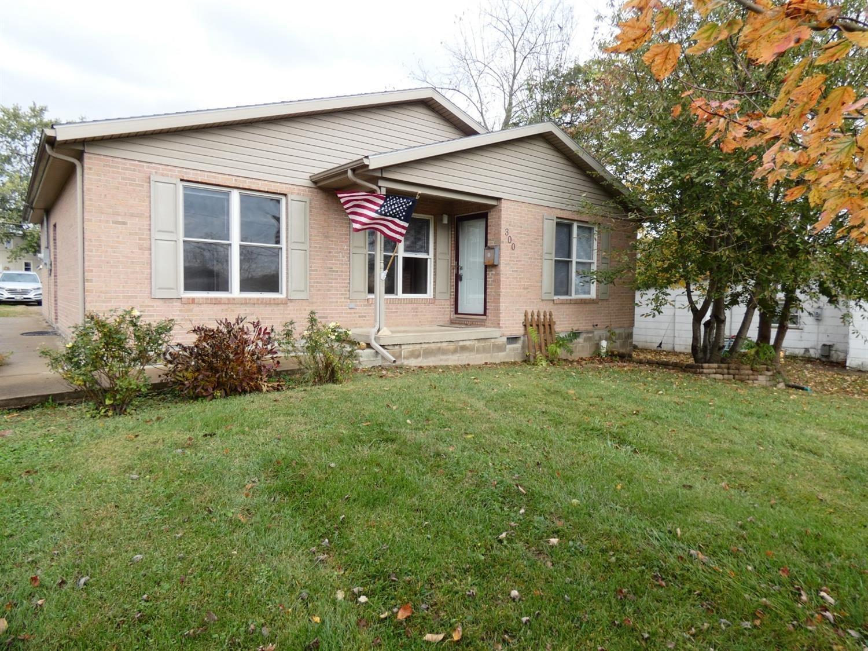 300 Walnut Street, Hillsboro, Ohio 45133, 3 Bedrooms Bedrooms, 6 Rooms Rooms,1 BathroomBathrooms,Single Family Residence,For Sale,Walnut,1719691