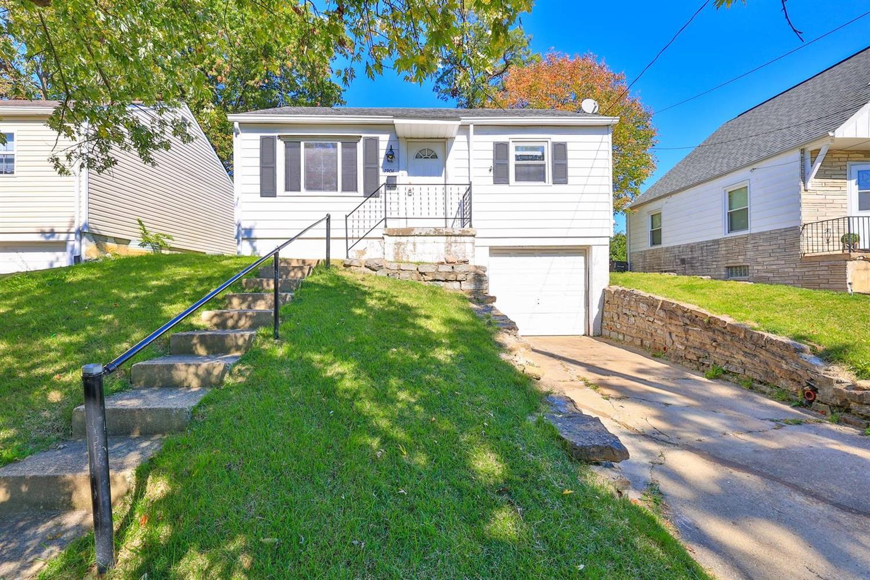 1906 Ashbrook Drive, Cincinnati, Ohio 45238, 2 Bedrooms Bedrooms, 4 Rooms Rooms,1 BathroomBathrooms,Single Family Residence,For Sale,Ashbrook,1719897