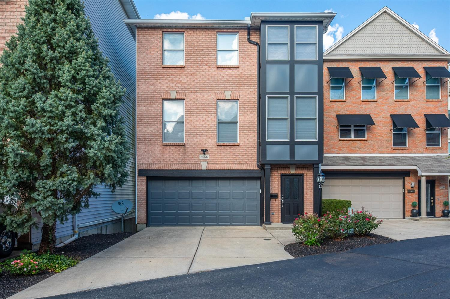 2666 Morrow Place, Cincinnati, Ohio 45204, 3 Bedrooms Bedrooms, 7 Rooms Rooms,2 BathroomsBathrooms,Single Family Residence,For Sale,Morrow,1720139