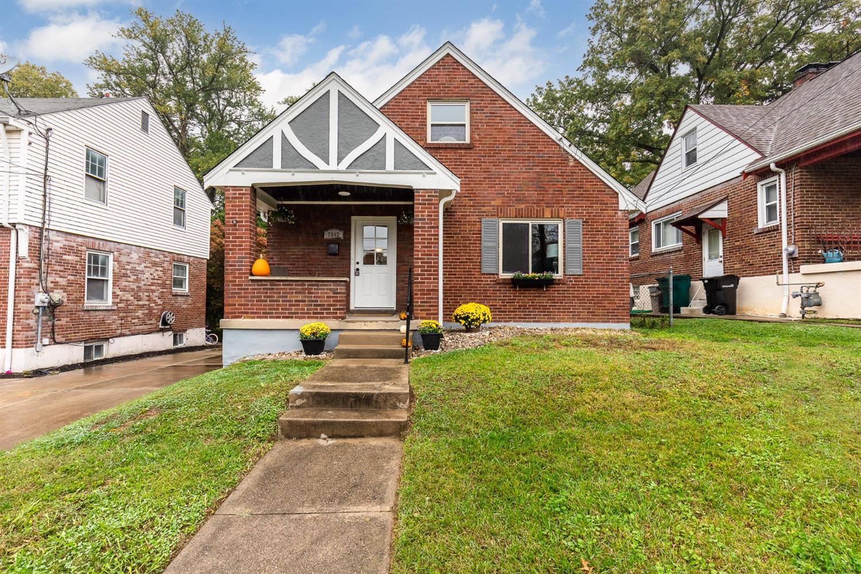 2842 Lawndale Avenue, Cincinnati, Ohio 45212, 3 Bedrooms Bedrooms, 8 Rooms Rooms,1 BathroomBathrooms,Single Family Residence,For Sale,Lawndale,1715640
